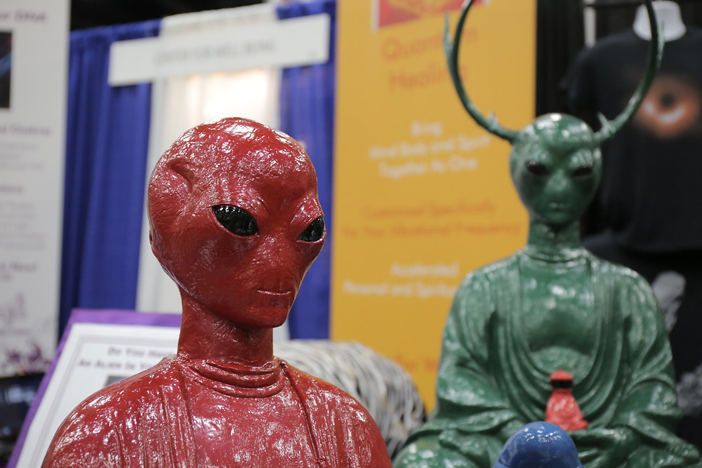 Alien figures marketplace
