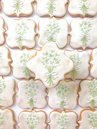 White and Green Floral Bouquet Cookies.j