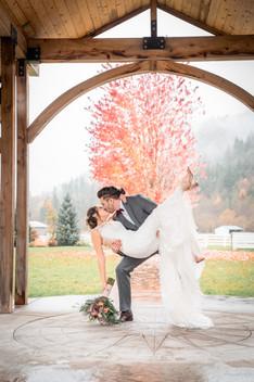 seattle wedding photographer, rein fire ranch, rein fire ranch wedding, seattle elopement photographer, snohomish wedding photographer, woodinville wedding photographer, seattle barn wedding