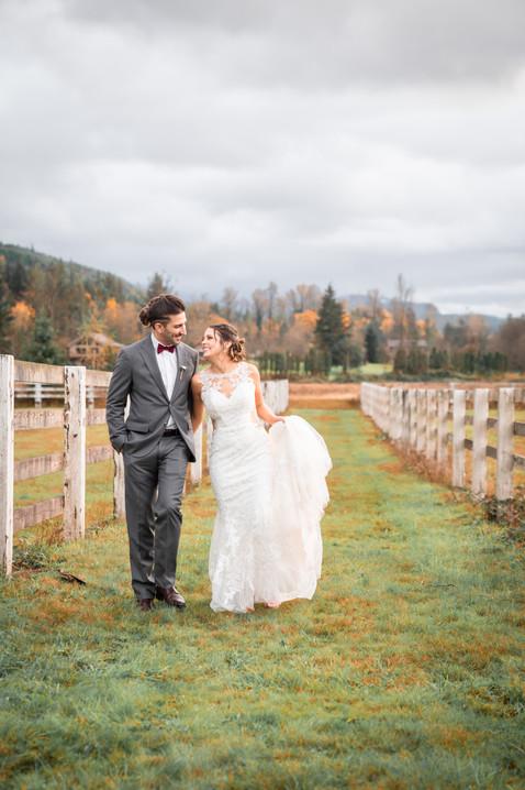 seattle wedding photographer, rein fire ranch, rein fire ranch wedding, snohomish wedding photographer, woodinville wedding photographer