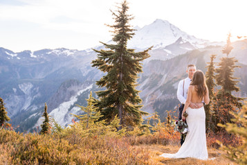 Seattle wedding photographer, Woodinville wedding photographer,  photographer, adventure wedding photographer,  Artist Point Wedding, Mt. Baker Wedding, Seattle Mountain Elopement, seattle engagement photographer, adventure photography, natural light, kirkland wedding photographer
