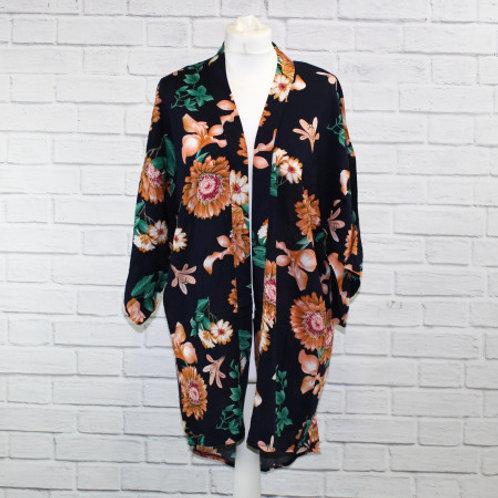 Pretty Floral Print Kimono