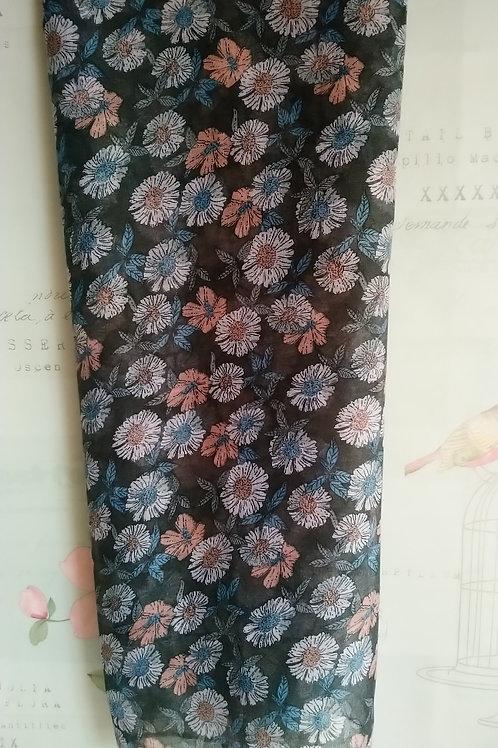 Gorgeous Grey Floral Print Scarf