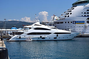 yacht-823657.jpg