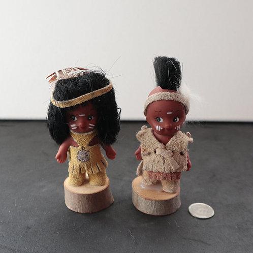 2 figurines Amérindiennes