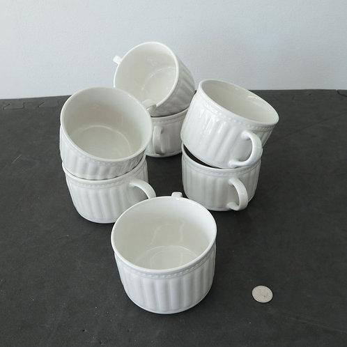 7 tasses