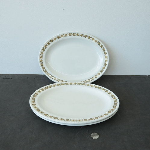 3 assiettes ovales