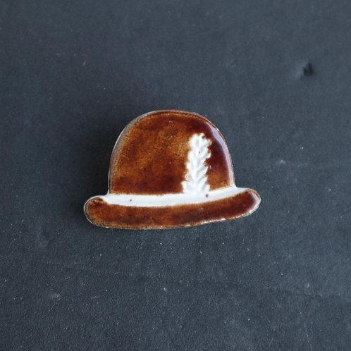 Épinglette chapeau