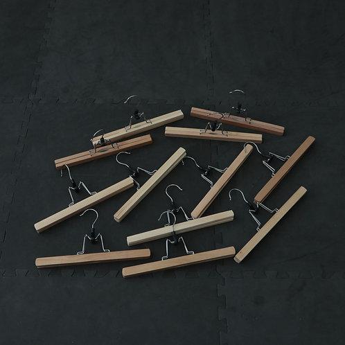 12 supports en bois