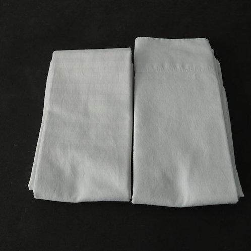 2 grandes taies d'oreiller