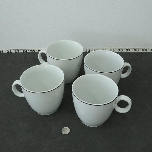 4 tasses