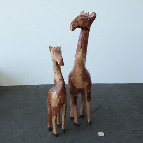 2 girafes en bois