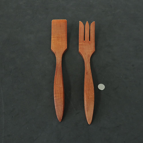 2 ustensiles en bois