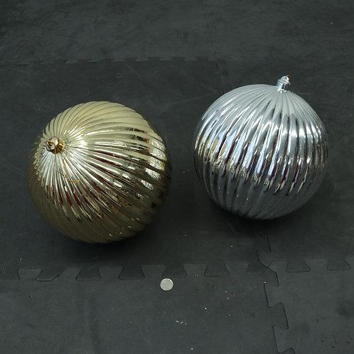2 grosses boules de Noël