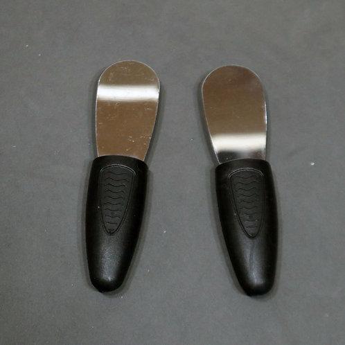 2 couteaux à tartiner