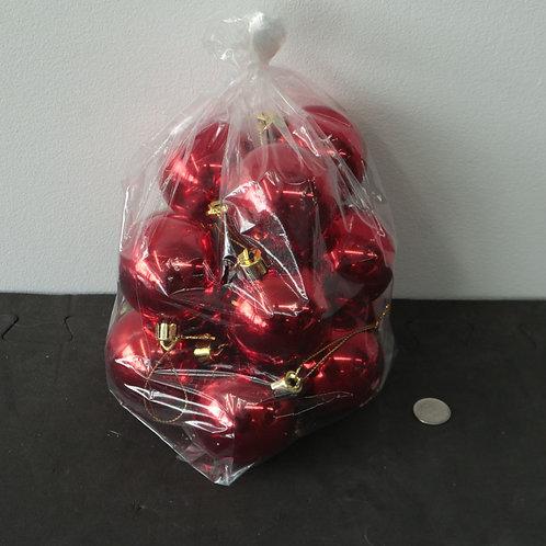 13 boules rouges