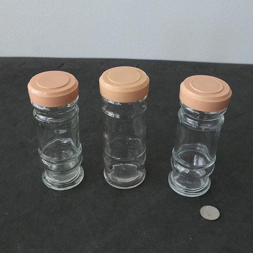 3 bouteilles à épices