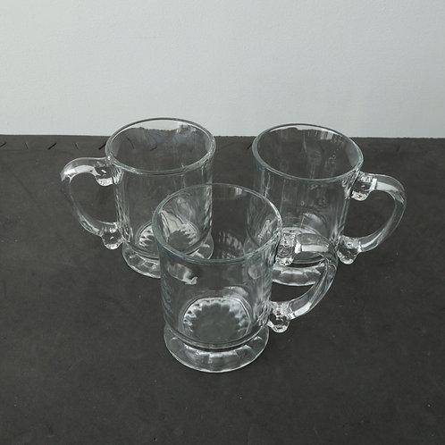 3 tasses en verre