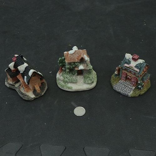 3 petites maisons pour village de Noël