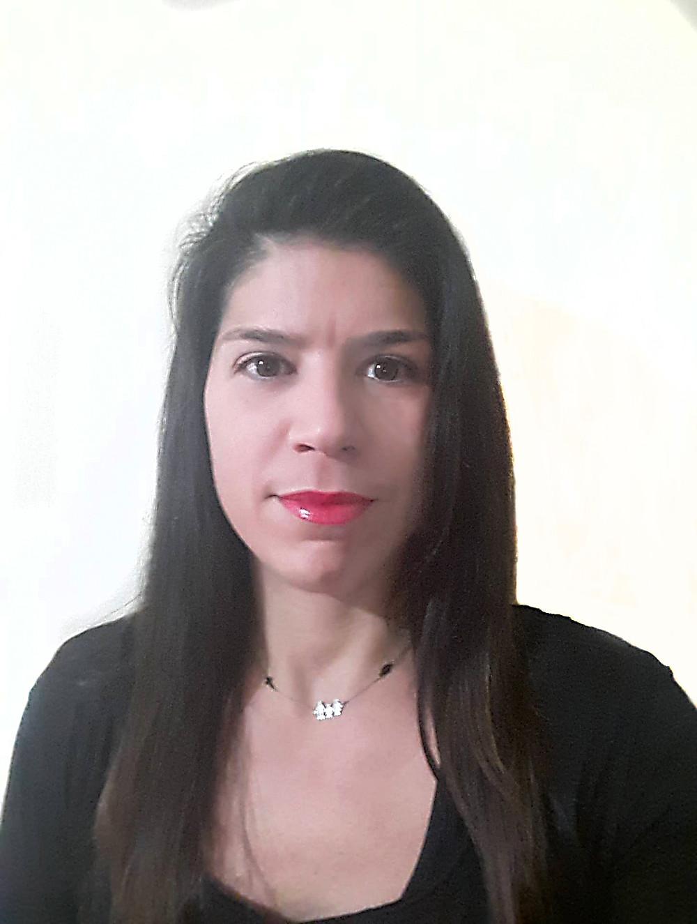 Θεοδώρα Πυττερού Φιλόλογος, Med, Συγγραφέας