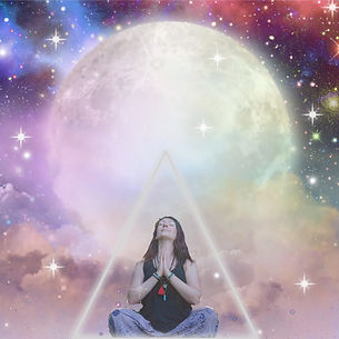 Christine Martin is a clairvoyant who offers psychic readings. You can use oracle angel cards or fairy cards.