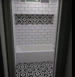 black_white_tile_renovation_bath.jpg
