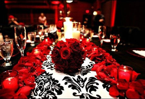red-and-white-wedding-table-setting-new-