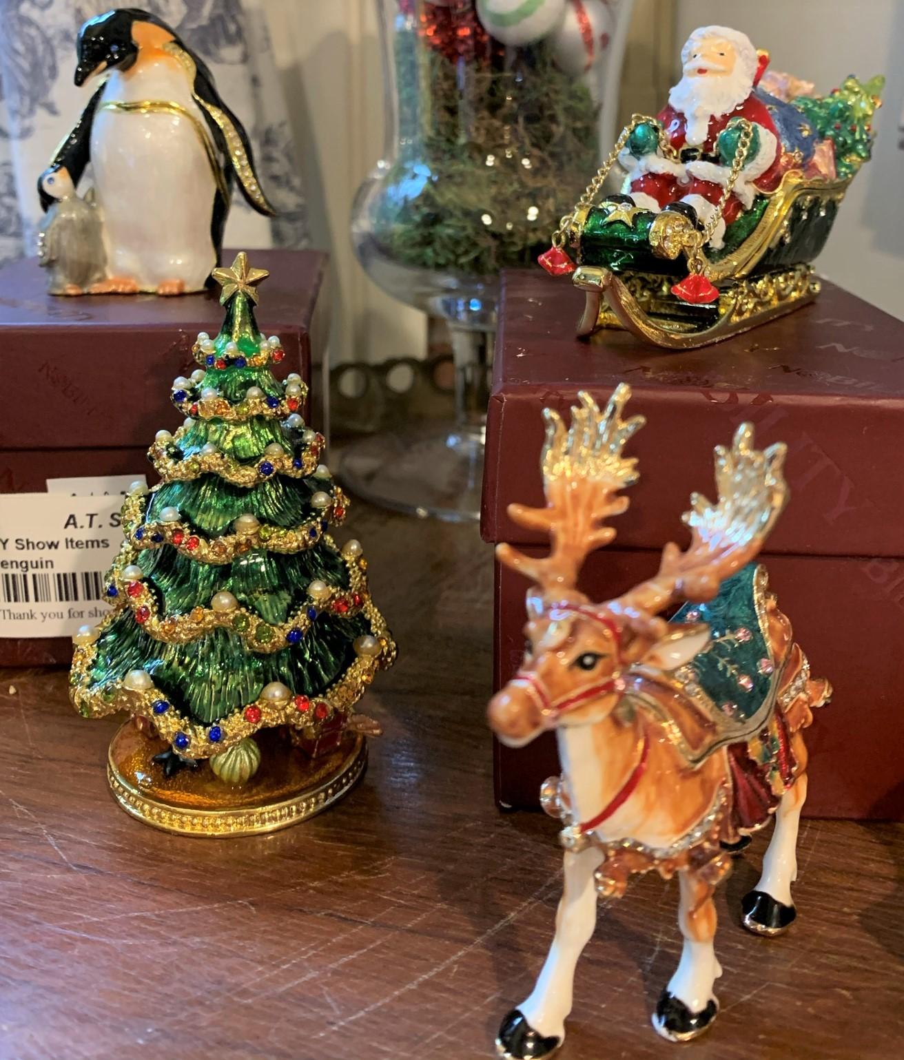 3 Christmas Boxes