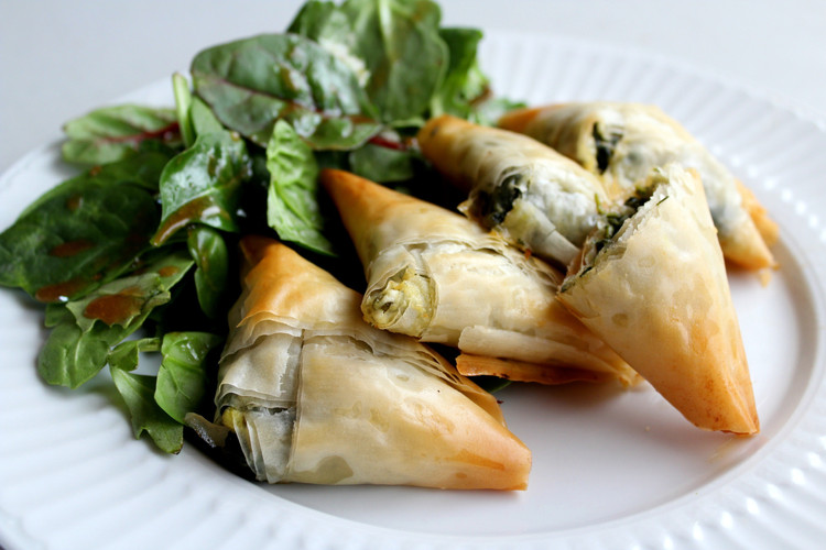 Spinach-Spanakopita-Triangles.jpg