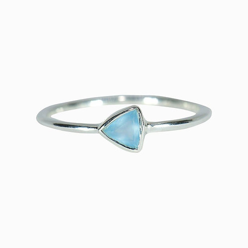 TRIANGLE STONE RING by Pura Vida