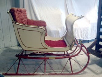 White Brookdale Farms sleigh rental