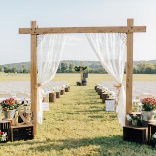 Brookdale Farms Outdoor Wedding
