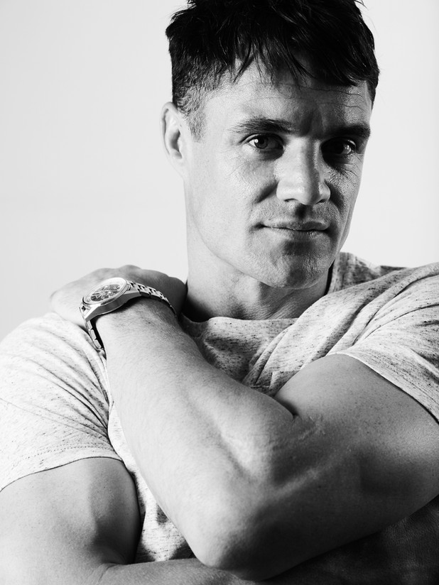 Dan Carter - V Man