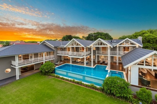 Australian expats buying homes