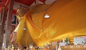Bang Phli Temple and Market near Suvarnabhumi Airport