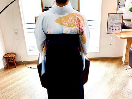 袴の着付けも承っています!