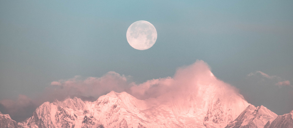 4 THNGS YOU CAN DO DURING A FULL MOON