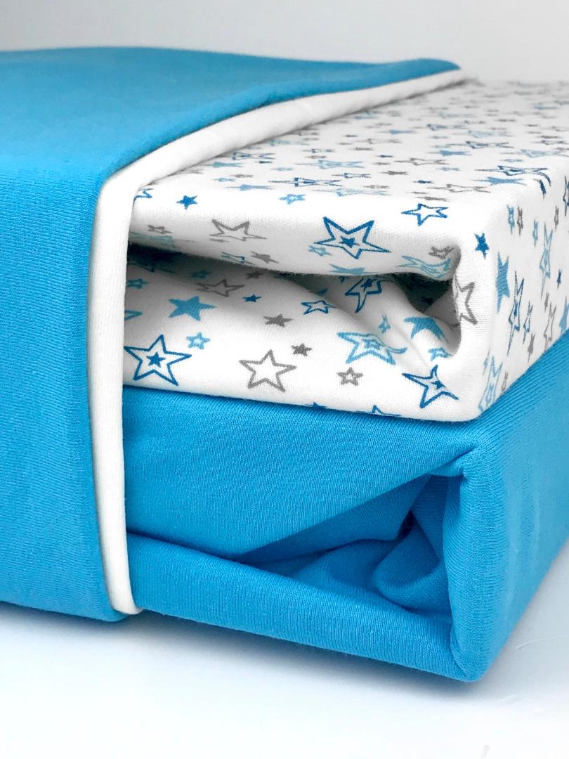 постельное белье с простынью на резинке.