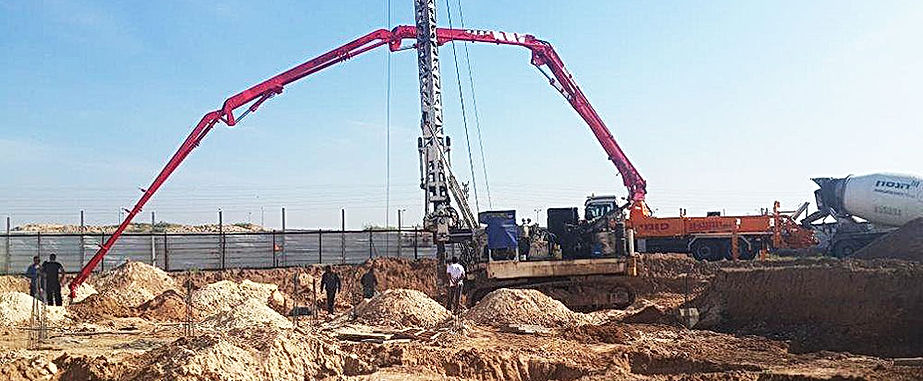 concrete pump, concrete pumping