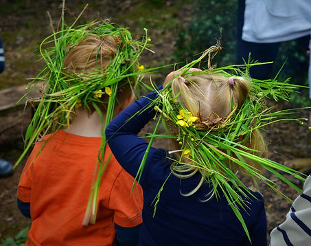 Leaf crowns , celebrating Oak Apple day with The World Outside