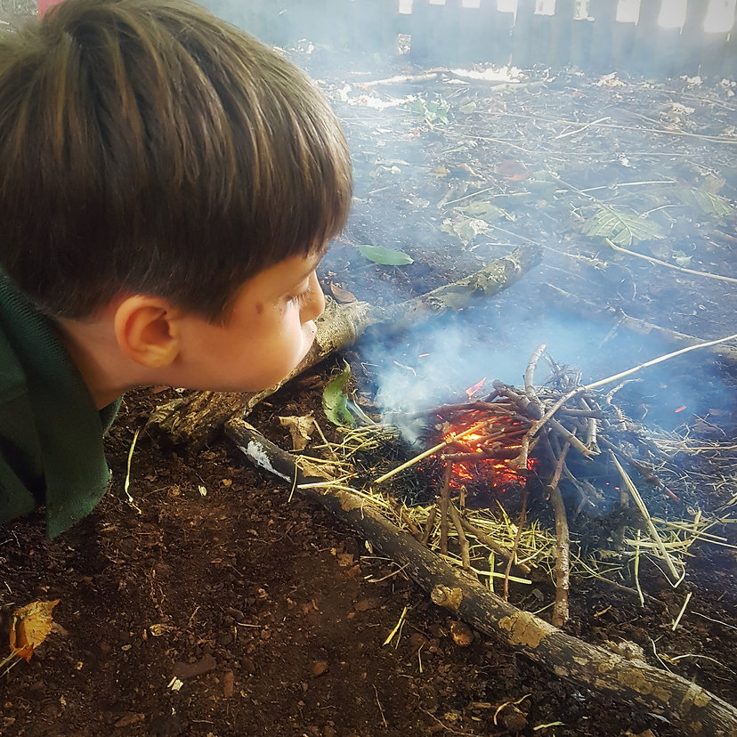 Making A fire Outdoor nursery Kidderminster Worcestershire