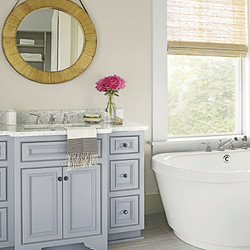 Bathroom freestanding tub