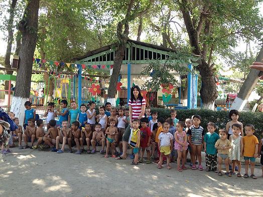 Guli Muradova with Orphans