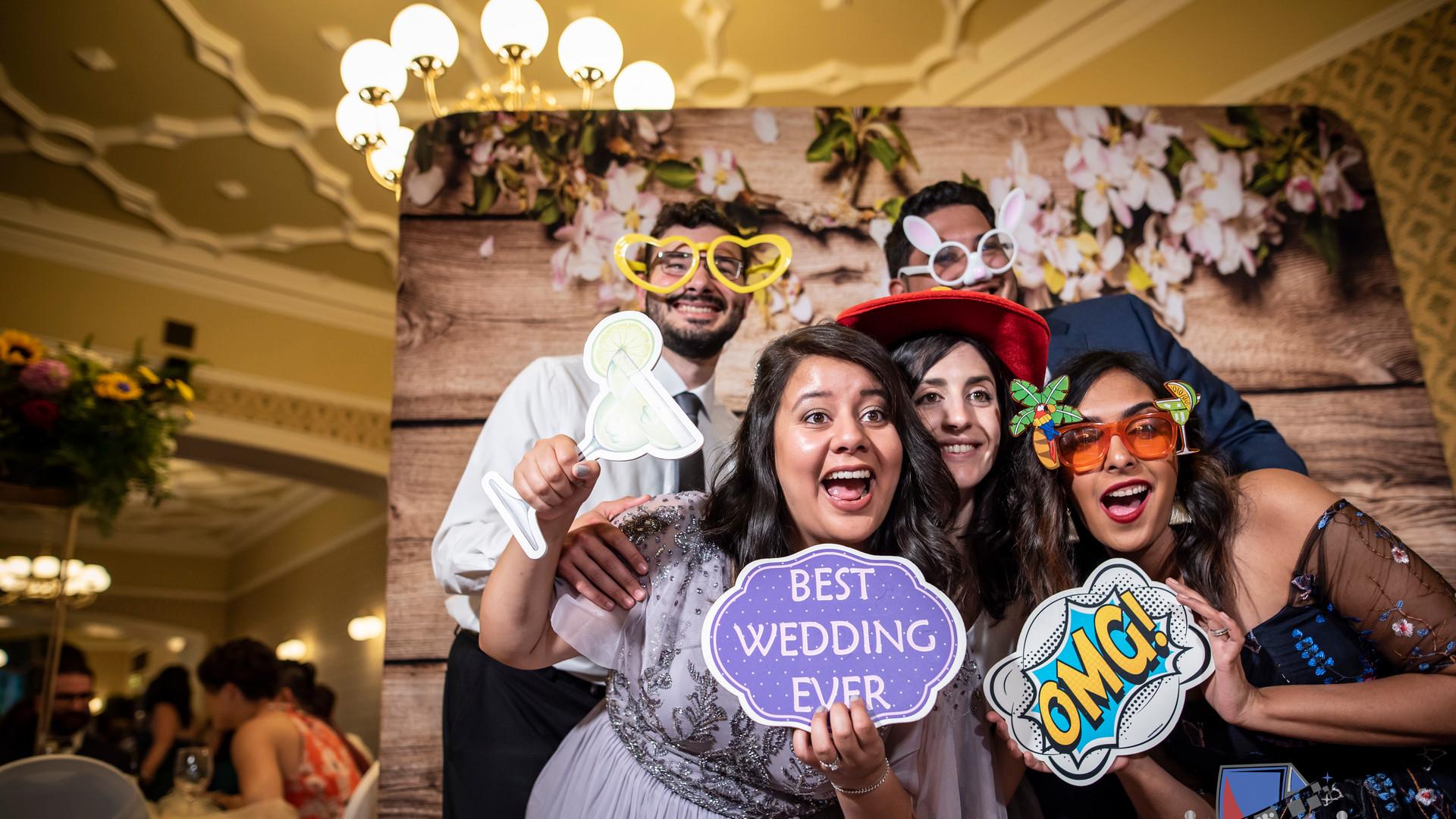 We LOVE Weddings!