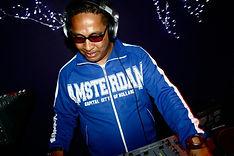 DJ Kizzy3.jpg