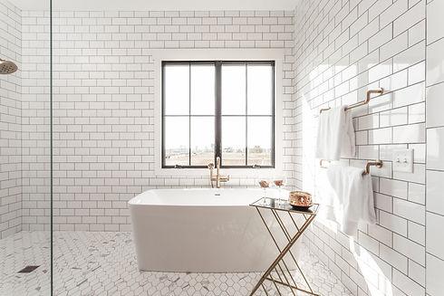 Modern Large White Bathtub Stacey Willis Homes Westfield Indiana