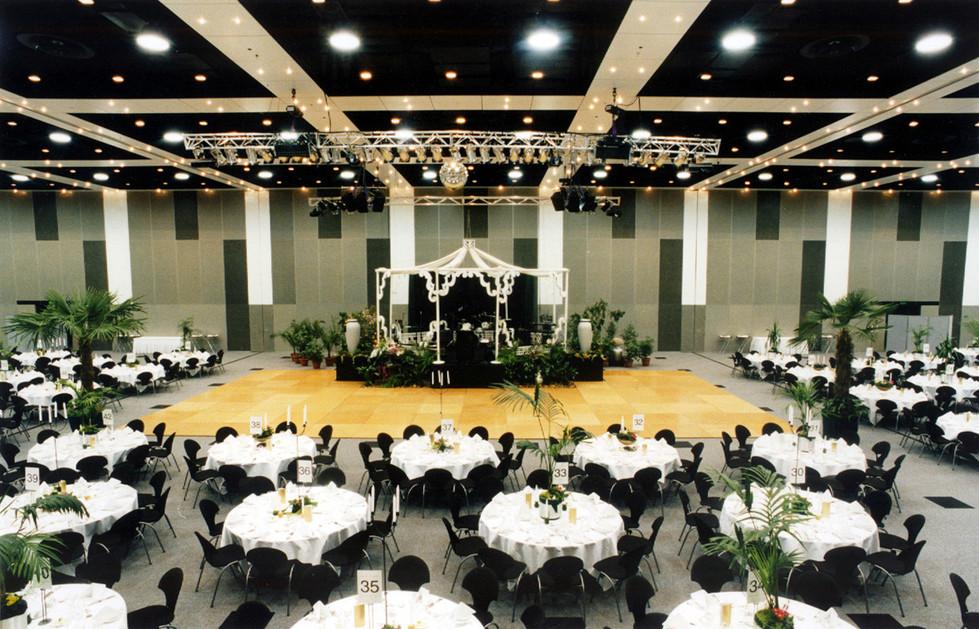 Convention 4.jpg