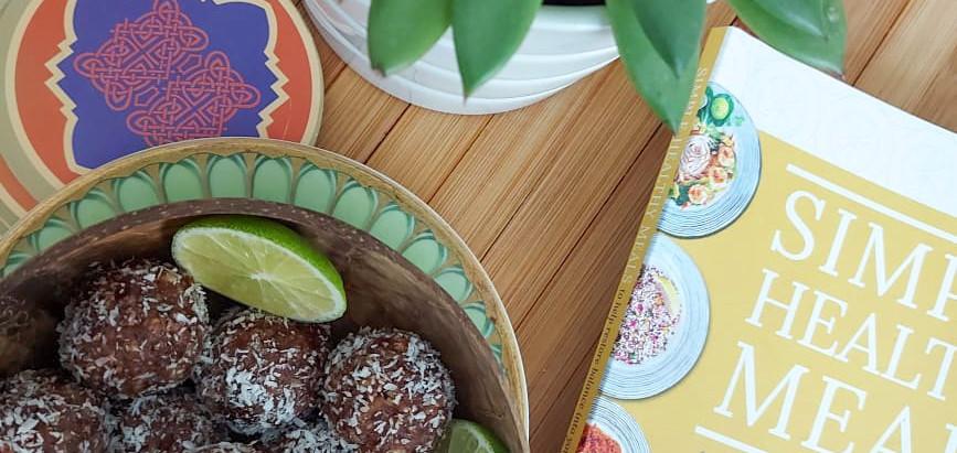 Date, Cacao, Walnut, Tahini Energy Balls