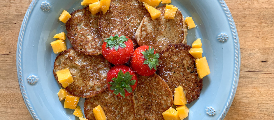 Dairy free Banana, oat and cinnamon pancakes