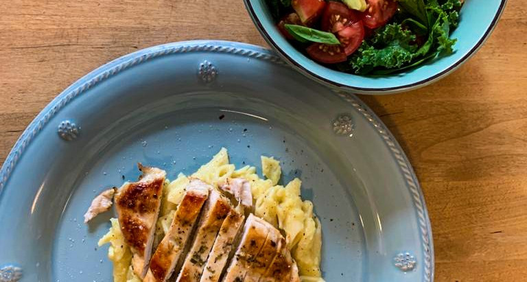 Dairy Free Cauliflower Alfredo sauce with Pan Seared Chicken Breast